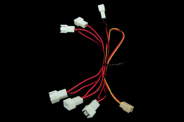 InLine® Fan adaptor cable 3Pin to 6x 3Pin (6x15cm)